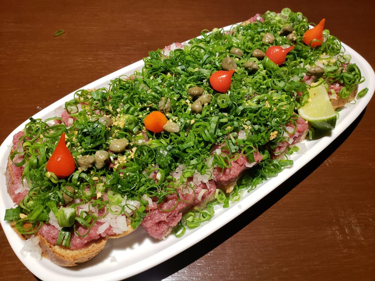Carne de onça do Tiki Taka que será servida durante a final da Champions League em Curitiba
