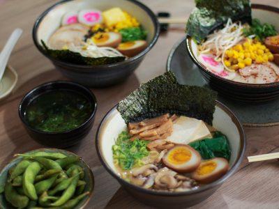 Oishi Ramen Bar tem mais de 10 versões do tradicional lámen japonês