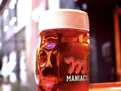 Oktoberfest da cervejaria Maniacs tem evento ao ar livre e cerveja especial