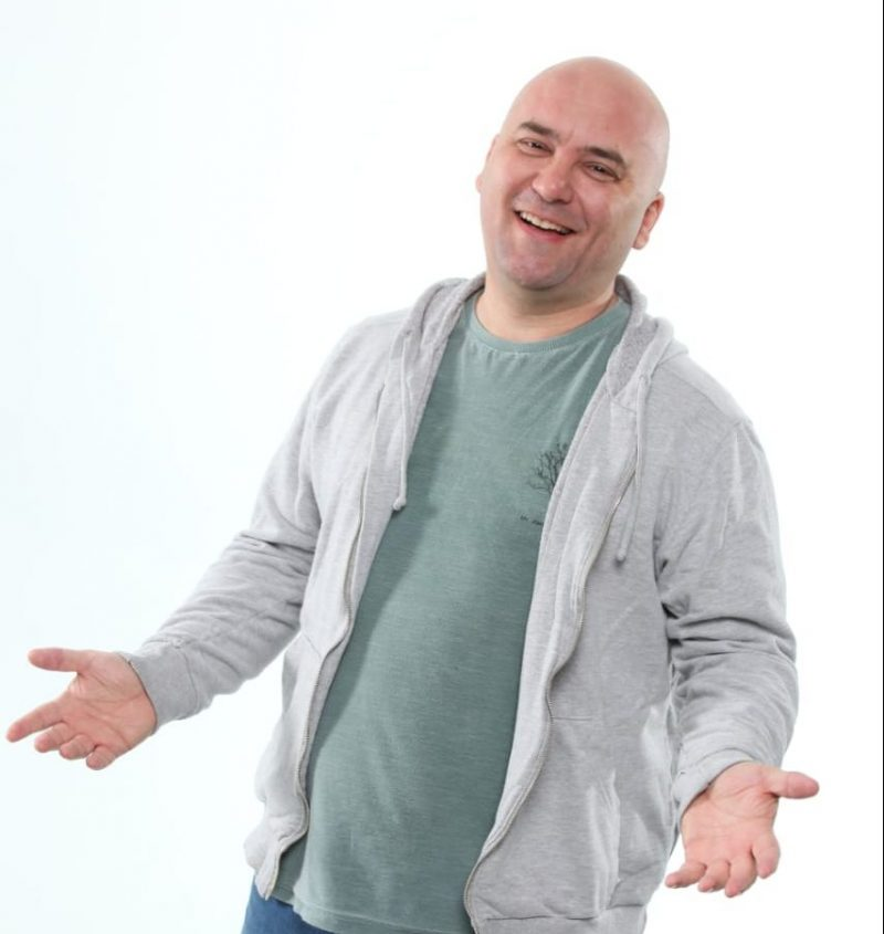 comediante-marco-zenni-restaurante-o-jardineiro-quinta-da-comedia-comerbem-em-curitiba
