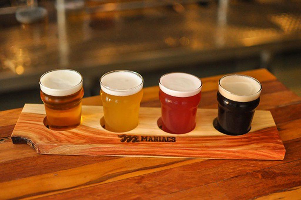 beer-flight-tabua-de-cervejas-maniacs-celebra-halloween