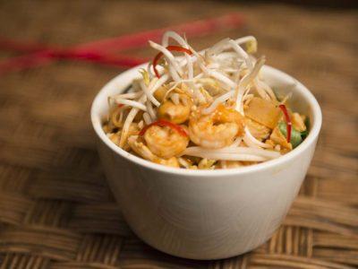 7 lugares para comer Pad Thai em Curitiba