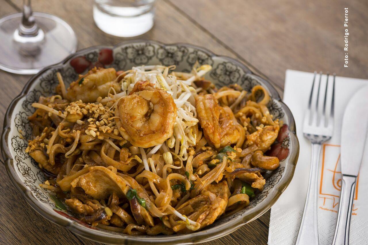 Pad Thai do Thai Restaurante em Curitiba