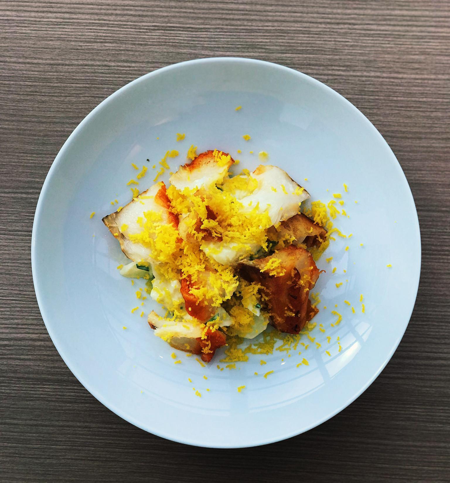 Salada de batata com haddock e oeuf mimosa do La Varenne em Curitiba