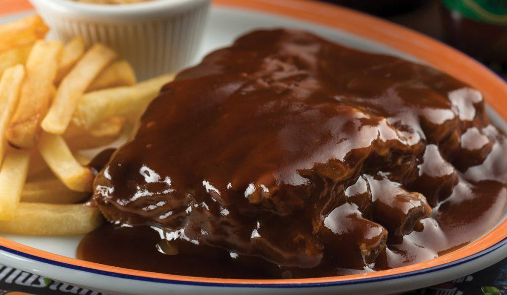 pork-festival-mustang-sally-opção-menu-Rob's-Famous-Ribs-meia-porção-comer-bem-em-curitiba-foto-divulgação