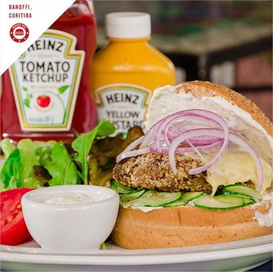 burger-fest-banoffi-opção-mushroom-comer-bem-em-curitiba-foto-divulgacao