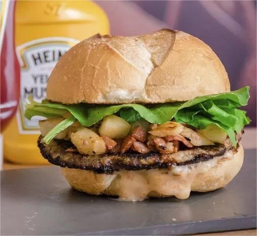 burger-fest-KheaThai-opção-MegaReiBuhmibol-bem-em-curitiba-foto-divulgacao