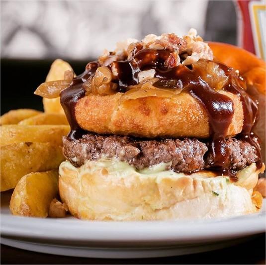burger-fest-cidadaodomundoburgers-CheeseburgerEddy-comer-bem-em-curitiba-foto-divulgacao