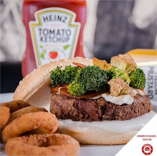 burger-fest-cidadaodomundoburgers-sakuraba-comer-bem-em-curitiba-foto-divulgacao