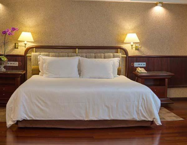 Top-3-hotéis-em-Curitiba-para-o-Dia-dos-Namorados-opção-Bourbon-Curitiba-suite-premier-comer-bem-em-curitiba-foto-divulgação
