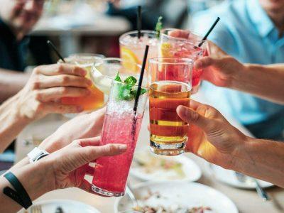 Especial de carnaval: aprenda 3 drinks sem álcool para curtir sem ressaca