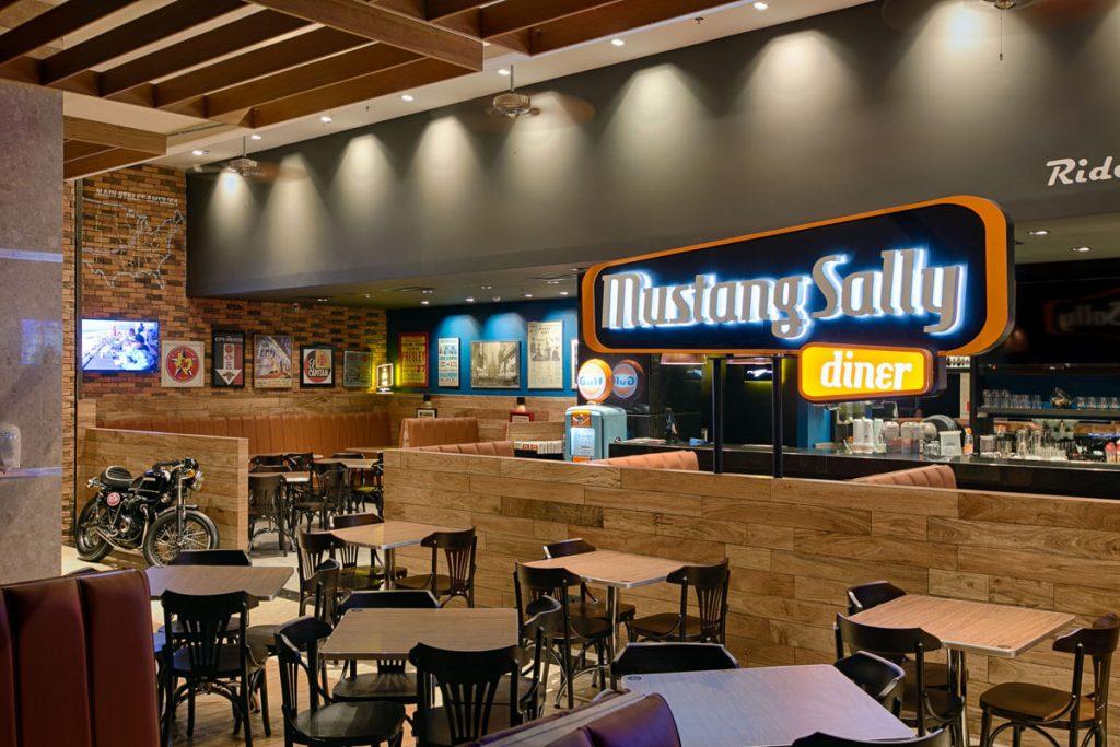 Mustang Sally Shopping Palladium